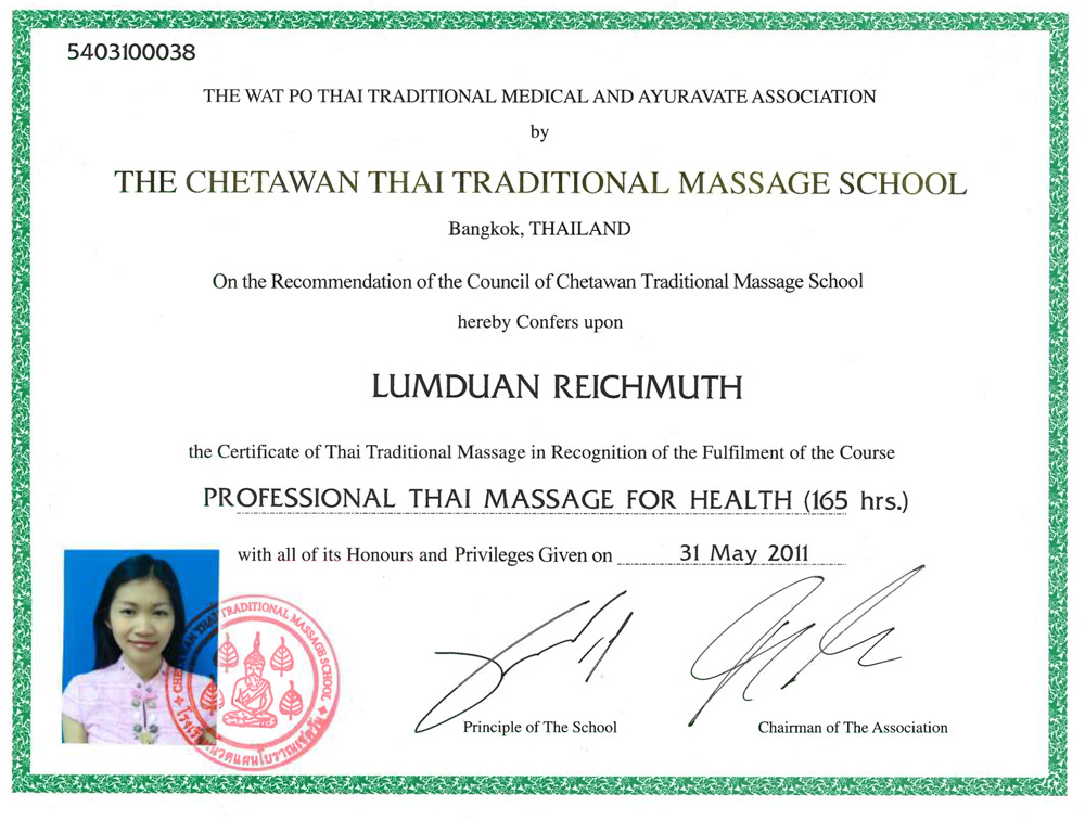 professional-thai-massage-for-health-2011large